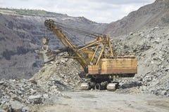 露天开采的挖掘机 免版税库存图片
