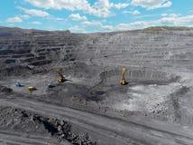 露天开采矿矿,排序的品种,开采的煤炭,农业硬煤,煤炭工业 免版税库存图片