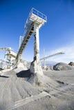 露天开采矿采矿和加工设备 库存图片