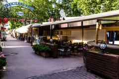 露天餐馆在亚洛瓦市-土耳其 免版税库存照片