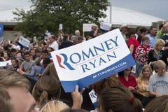 露指手套Romney保罗・赖安政治集会 库存图片