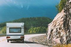露营车旅行在挪威RV拖车暑假 库存图片