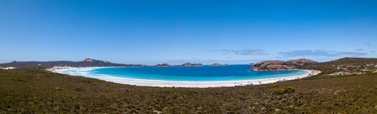 露西海湾海滩,Cape Le Grand国立公园,澳大利亚西部空中射击  免版税库存图片