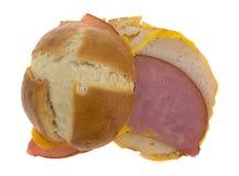 露面的火腿和乳酪小三明治顶视图 免版税图库摄影