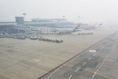 阴霾机场 图库摄影