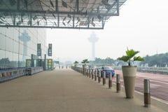 阴霾机场 免版税图库摄影