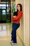 青少年女孩俏丽的学校 免版税库存图片