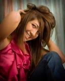 青少年女孩巨大的微笑 库存照片