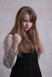 青少年恼怒的白肤金发的女孩 免版税库存图片