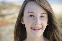 青少年户外女孩的纵向 免版税图库摄影