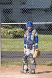 青少年棒球的捕手 库存图片