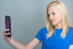 青少年的白种人女性模型 免版税库存照片