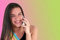 青少年美丽的移动电话 库存图片