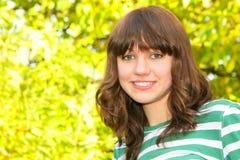 青少年女孩的纵向 免版税库存图片