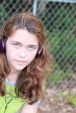 青少年女孩的音乐 免版税库存照片