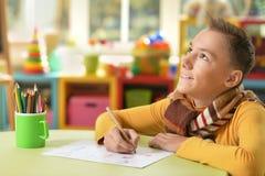 青少年的男孩图画 免版税库存照片