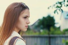 青少年美丽的女孩的纵向 库存图片