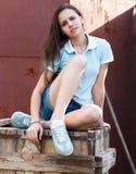 青少年美丽的女孩的纵向 图库摄影