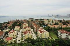 青岛市地平线 免版税库存照片
