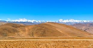 青藏高原场面俯视马卡鲁峰洛子峰埃韦勒stCho Oyu 免版税库存图片