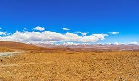 青藏高原场面Mt。Qomolangma (珠穆琅玛)国家级自然保护区 库存照片