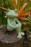 青蛙雕塑 免版税库存照片