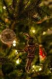 青蛙a的王子美丽的古板,减速火箭的圣诞节玩具  库存图片