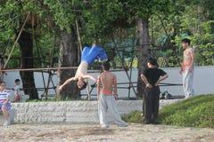 青年时期的实践的kung fu在深圳,中国,亚洲 免版税库存图片