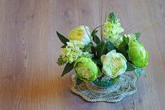 静物画-在花瓶的花 库存图片