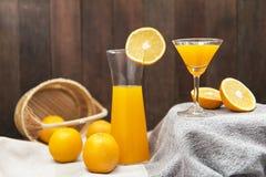 静物画用橙汁 免版税库存图片
