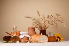 静物画用自然新鲜食品 免版税图库摄影
