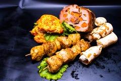 静物画- kebab,牛排,肉 免版税库存图片