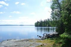 静音的湖 免版税库存图片
