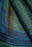 靛蓝tussar莎丽服的丝绸 免版税库存照片