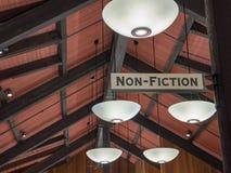 非小说类作品标志伸出的客舱图书馆 图库摄影