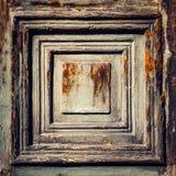 非常固体箱柜或门的年迈的木部分背景( 免版税库存图片
