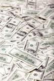一百元钞票弄乱-相反 图库摄影