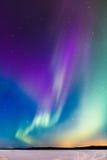 在湖2的极光 库存照片