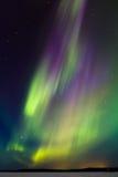 在湖4的极光 库存照片