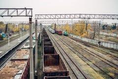 非常大老BREAKED火车世界卫生组织谎言 免版税库存照片
