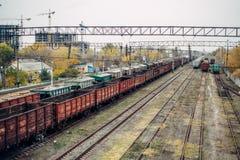 非常大老BREAKED火车世界卫生组织谎言 图库摄影