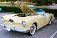 非常罕见的1947年Kaiser弗雷泽双座汽车跑车正面图  免版税库存图片
