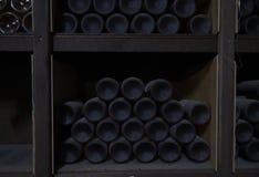 非常老罕见的酒在葡萄酒库里 免版税图库摄影