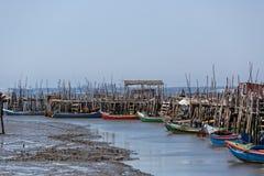 非常老被毁坏的渔夫村庄 库存图片