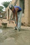 非常年轻的画象,青少年,拉丁美州的建筑工人 免版税库存照片
