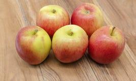 非常dilicous甜苹果的神色 库存照片