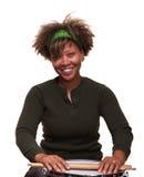 非洲人打鼓女孩愉快使用 免版税库存图片
