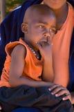 非洲儿童母亲 免版税库存照片