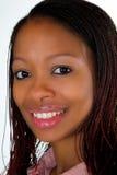 非洲裔美国人的微笑的妇女 免版税库存照片