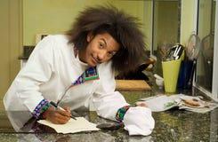 非洲裔美国人预算值主厨准备 库存照片